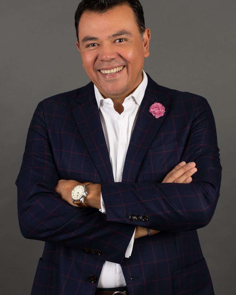 Mauricio Gonzalez Headshot