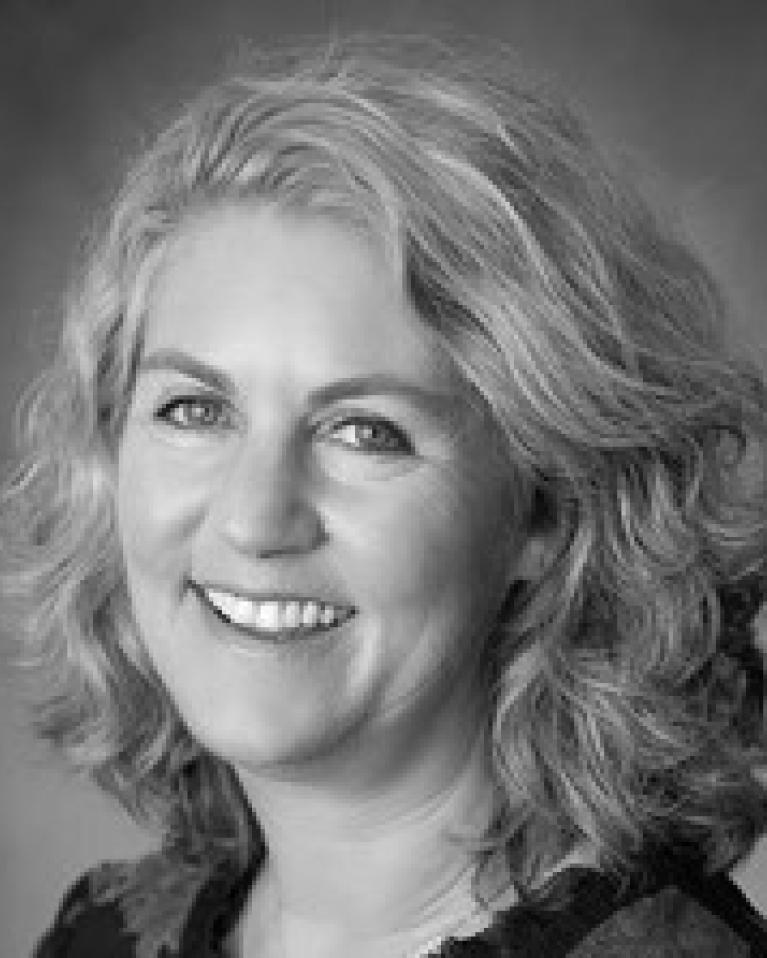 Kathy Smits Headshot